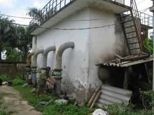 Trạm cấp nước xuống cấp không được tu sửa.