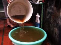 Nước có màu gạch cua – nỗi lo sợ của cư dân Hà Nội