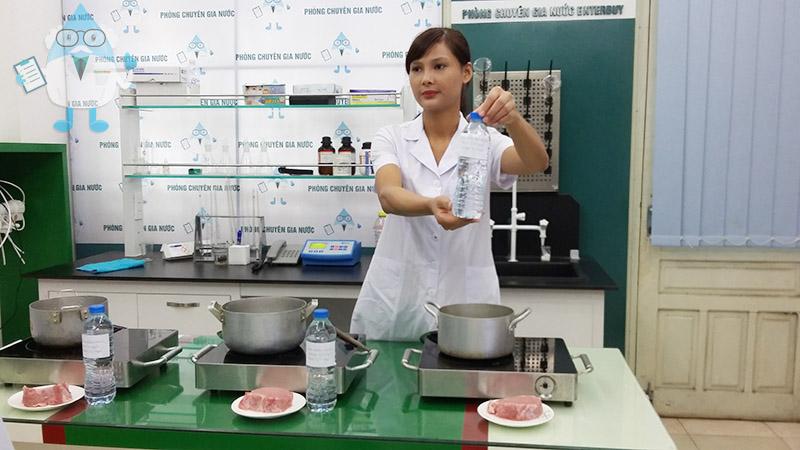 Enterbuy Việt Nam là đơn vị bán lẻ máy lọc nước đầu tiên có phòng Chuyên gia nước