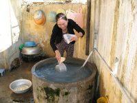 Nước giếng khoan được nhiều người dân sử dụng
